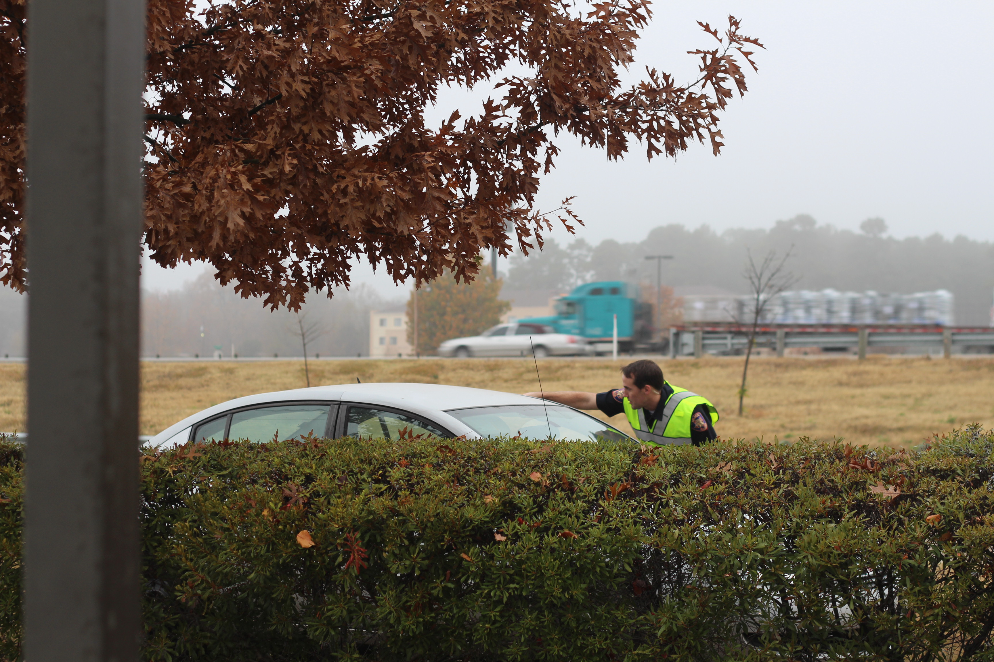 Vehicle Off The Road In Front Of Olive Garden Texarkana Today