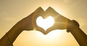 sunset-hands-love-woman_1