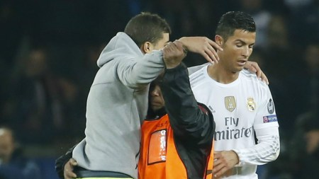 Ronaldo Fans Hug