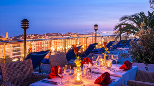 Toit Terrasse Aston Nice Le Moon Bar In Nice - Restaurant Reviews, Menu And Prices