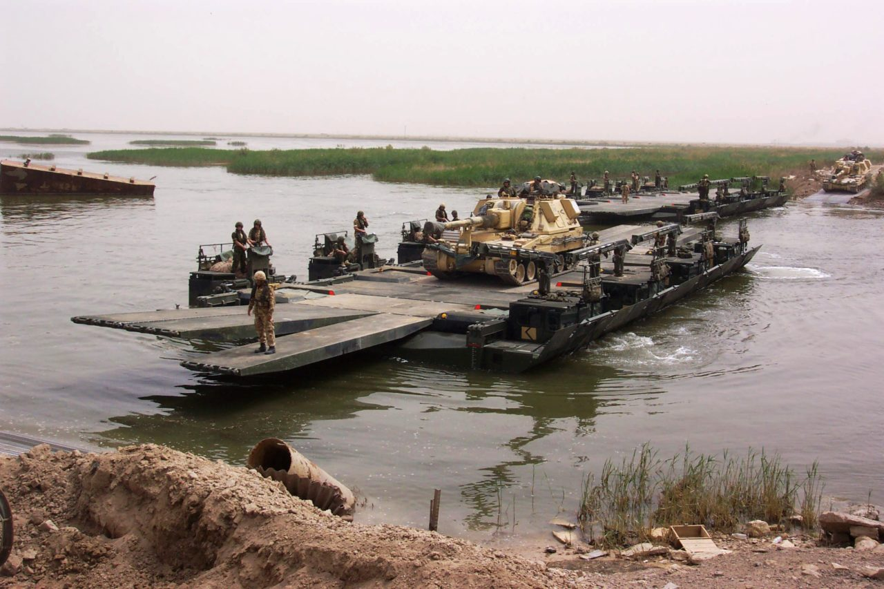 Uk Military Bridging Floating Equipment Think Defence