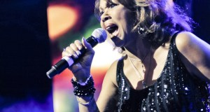 CandiStaton at Itunes Dance Fest in London