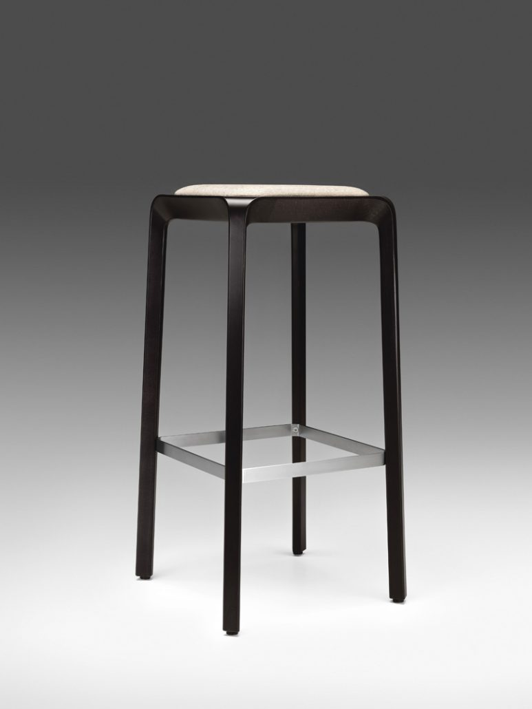 Tabourets Hauts Tabourets Hauts Tabouret Bar Collectivités Ubia Mobilier 94