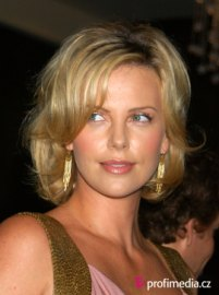 Charlize Ron Hairstyles