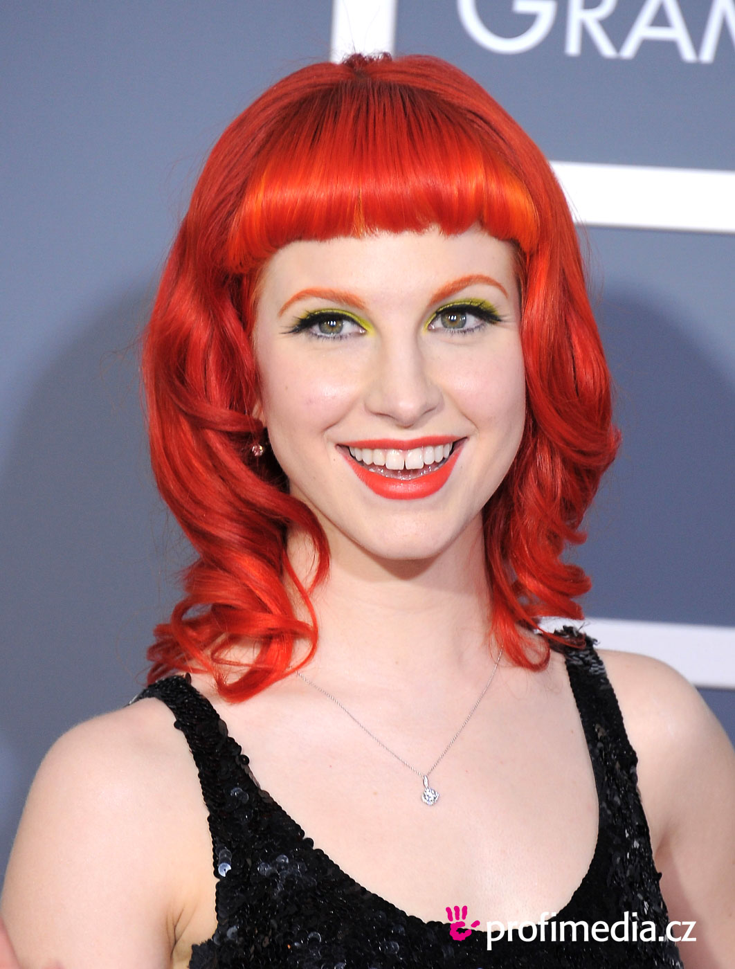 Hayley Williams Bangs