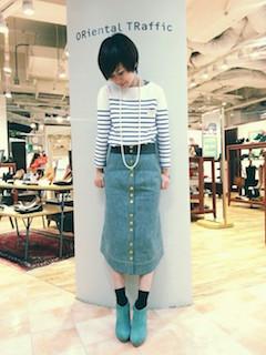 1ブーティ×靴下×ボーダートップス×ロングスカート