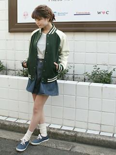 6緑のスタジャン×ボーダートップス×ミニスカート