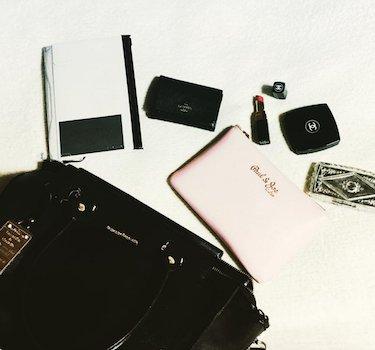 6黒レザーミニバッグ×ノート×化粧品