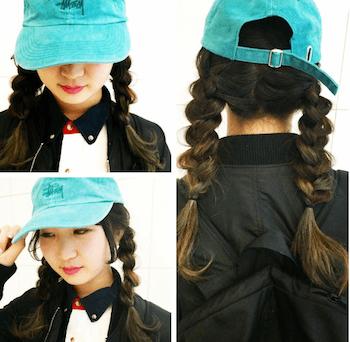 ミントブルーのキャップ×三つ編みツインテール