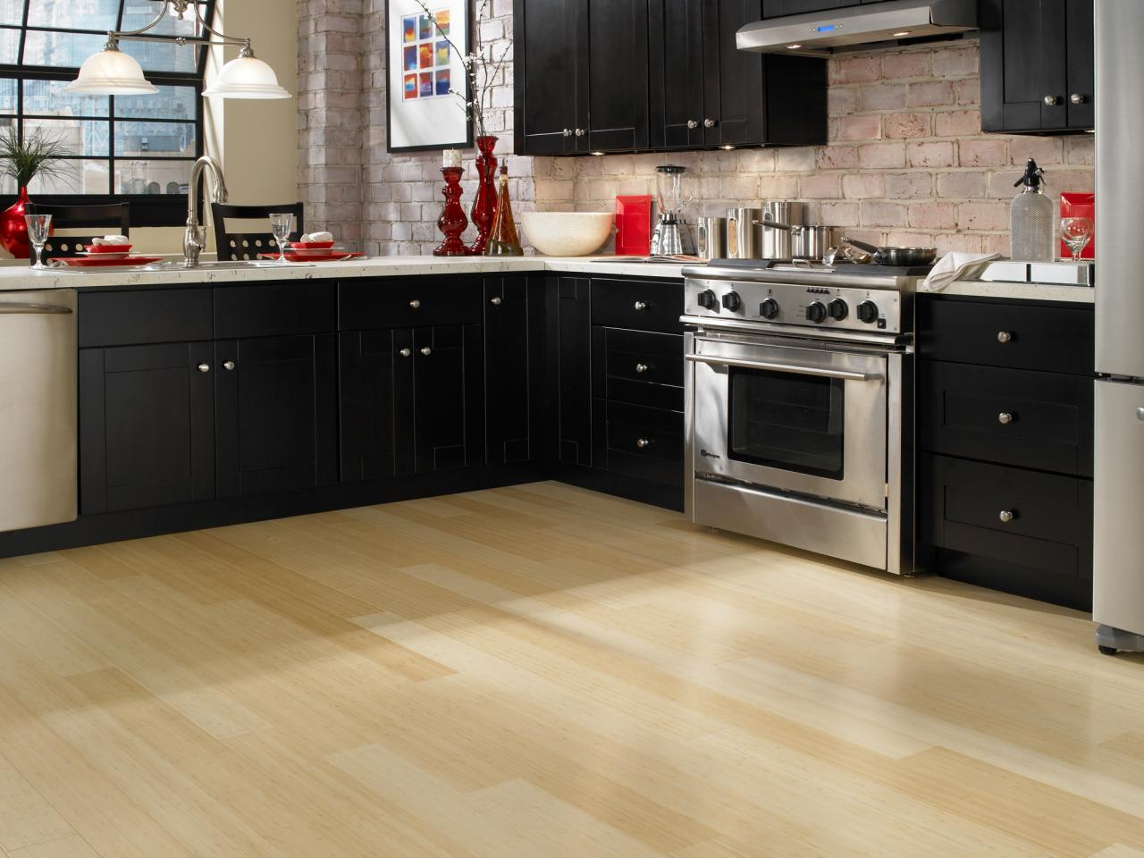 Guide To Choosing Laminate Flooring Color For Your Kitchen Hardwood Giant