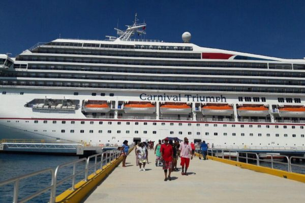 Carnival Cruise ship arrives to Cozumel, Mexico. Photo by The Signal Reporter Ciara Suesberry.
