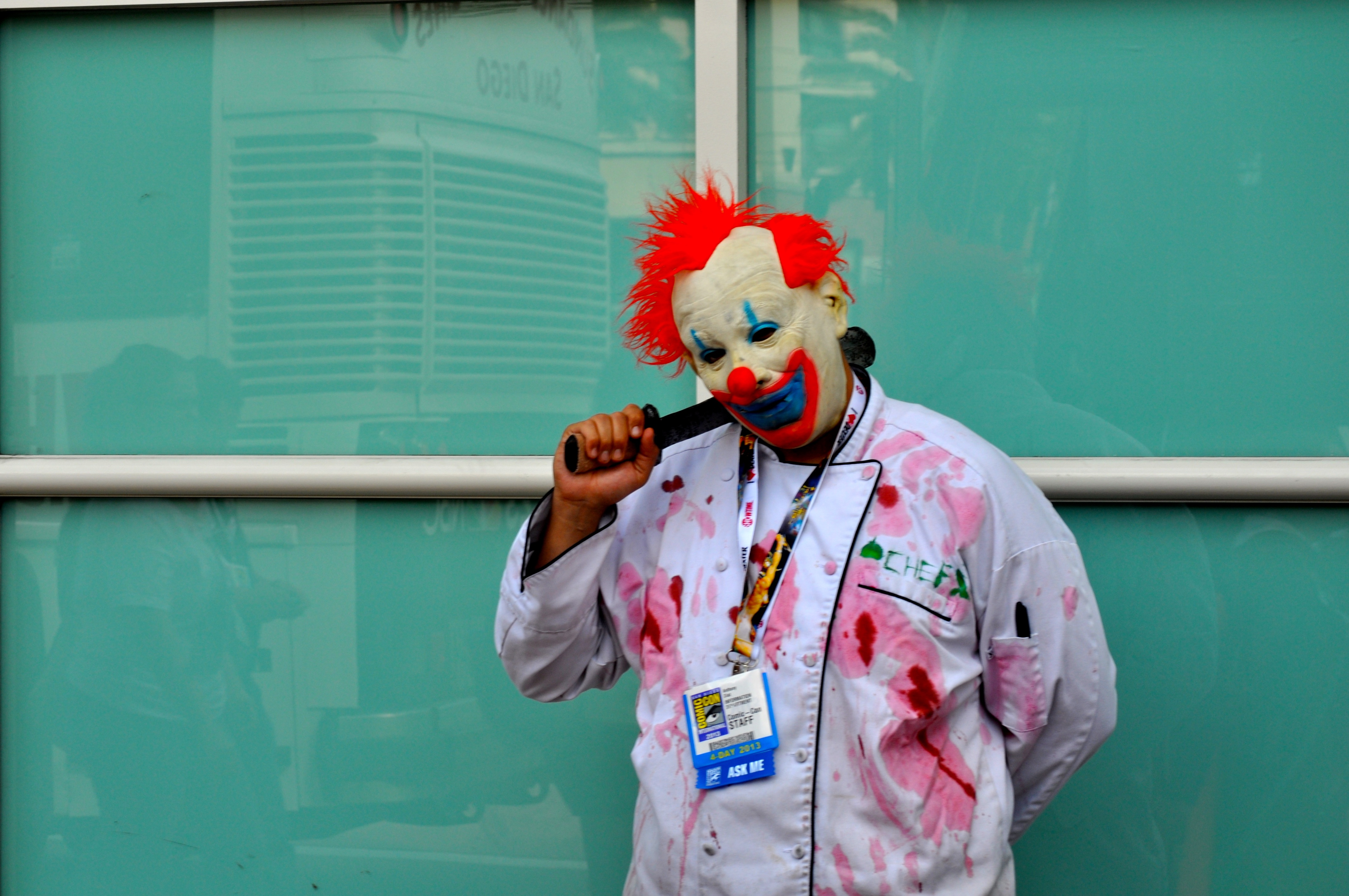 Photo: Killer clown cosplayer. Photo courtesy of Wikimedia Commons.