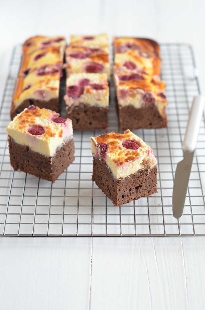 Uit Paulines Keuken Cheesecake Cheesecake Topped Brownies Recipe — Dishmaps