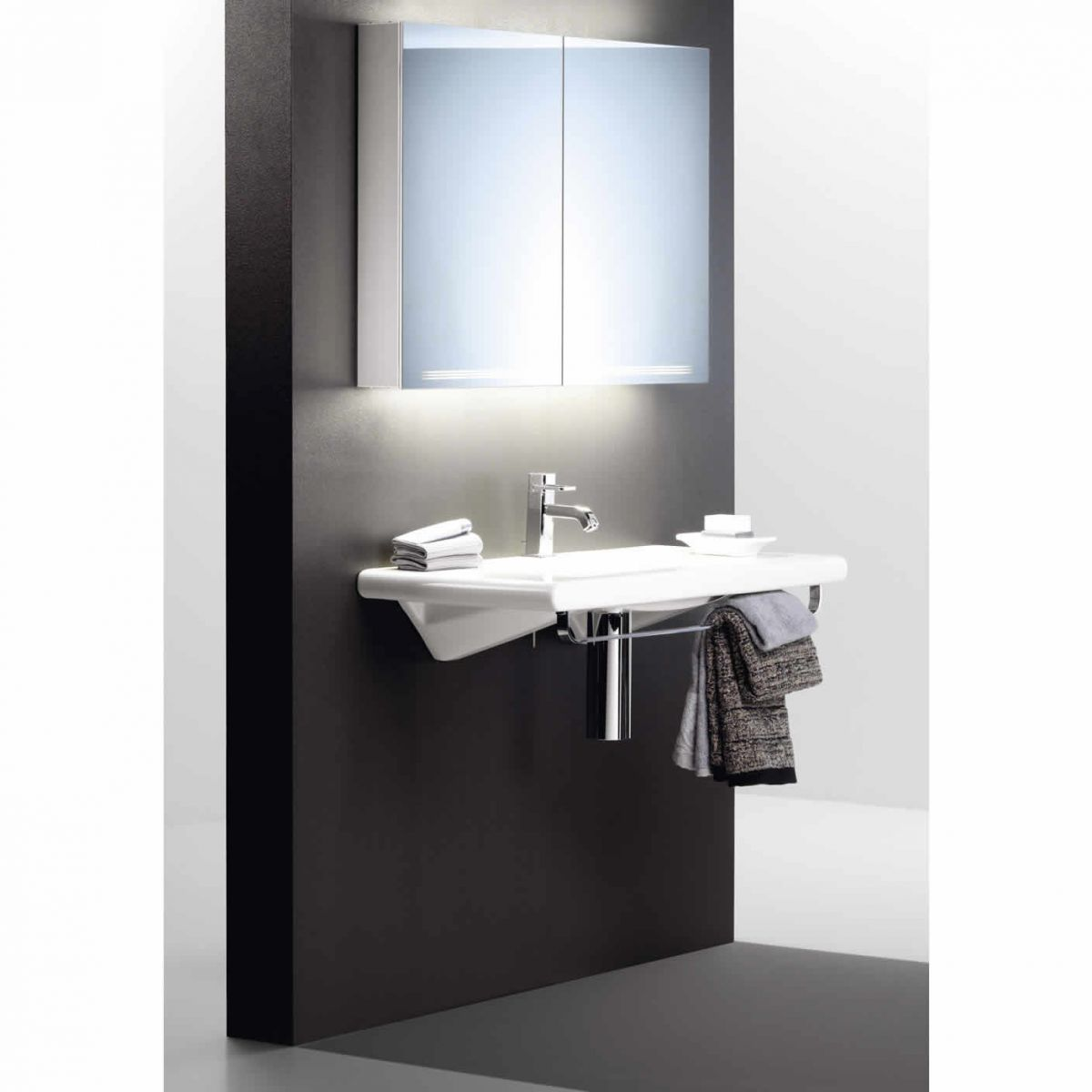Bathroom Cabinet With Mirror Schneider Graceline Mirror Cabinet Uk Bathrooms