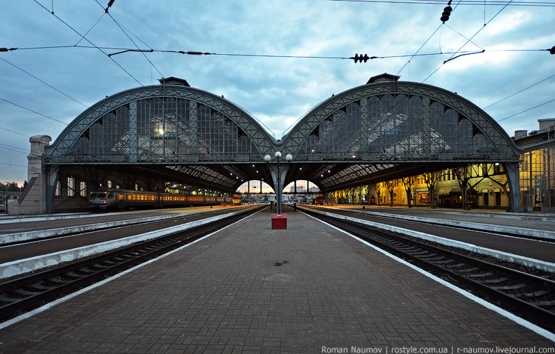 Fall Garden Wallpaper Beautiful Railway Stations Of Ukrainian Cities 183 Ukraine