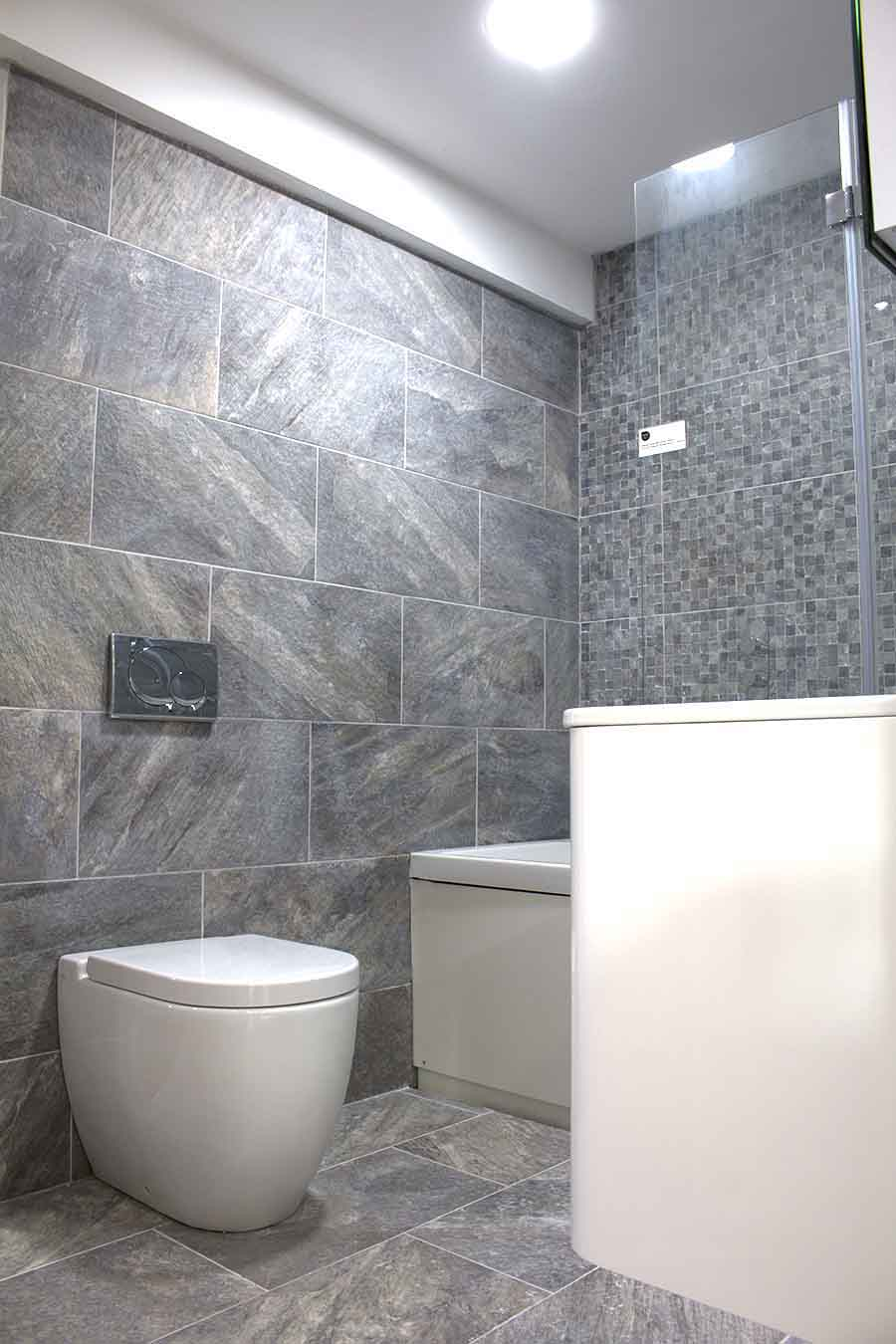 Small Modern Kitchen New Tile And Bathroom Displays At Uk Tiles Direct