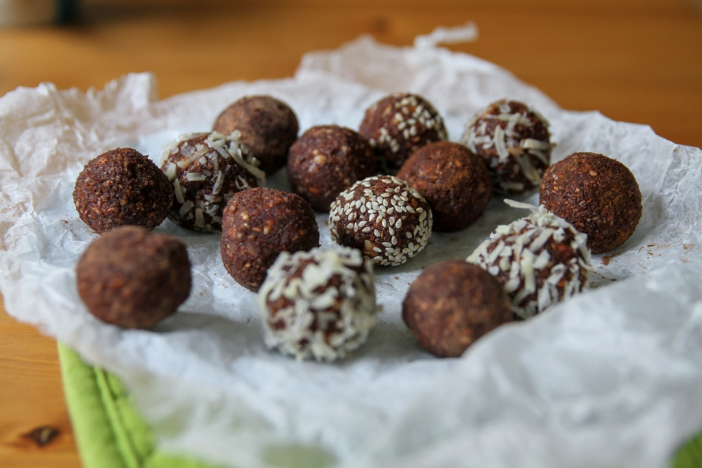 Raw Candy Balls (4)