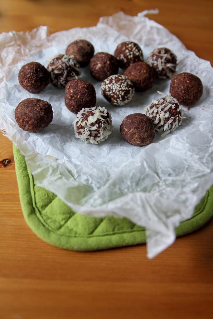 Raw Candy Balls (7)