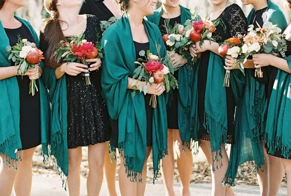 14 Perfect Winter Bridesmaid Looks: Shawls
