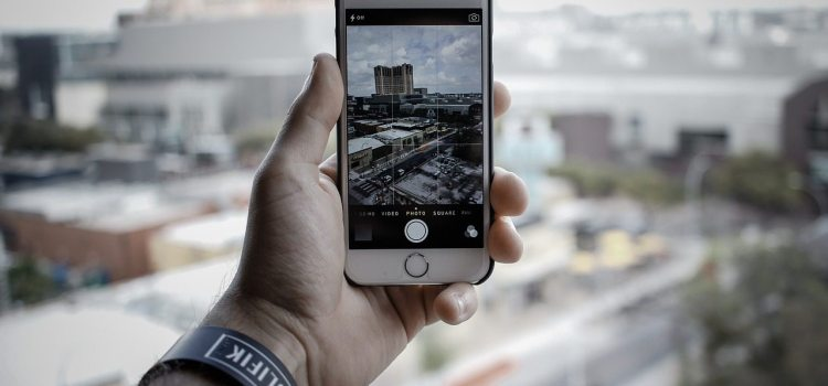 The Top Three Camera Apps for the iOS