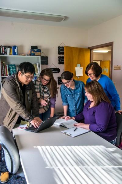 Graduate Course Descriptions - School of Social Work - University of Maine