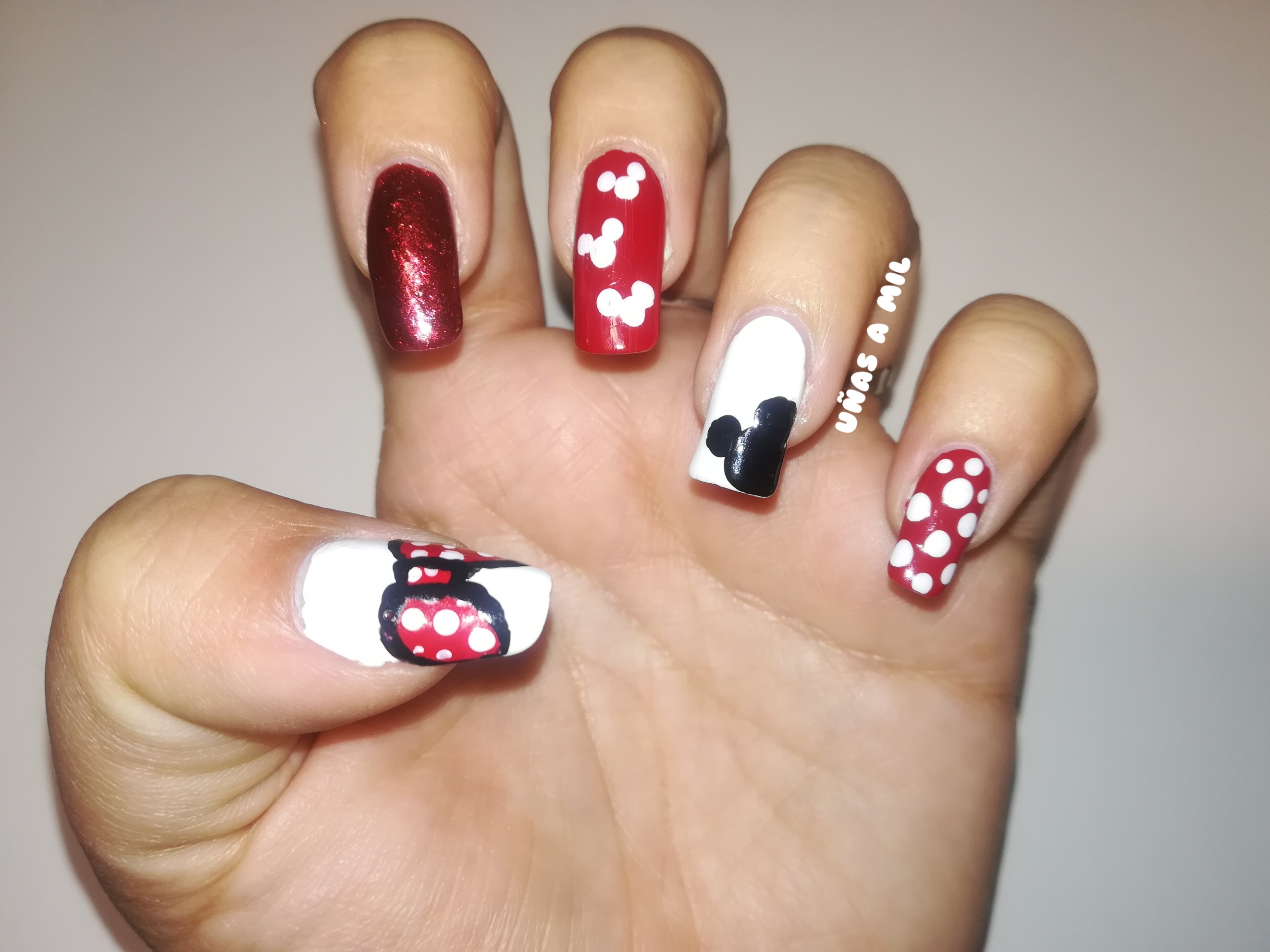 Uñas Decoradas Caricaturas Lindas Uñas Mickey And Minnie Nails Increiblefotos