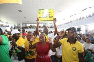 """UNRULY ANCYL crowd disrupts some speakers during Stalwarts Ahmed Kathrads""""s memorial service in Durban Picture: DOCTOR NGCOBO"""