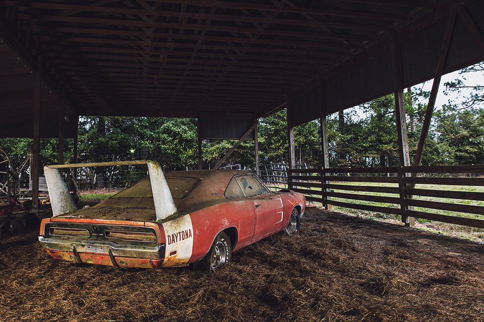 Fixed Gear Wallpaper Iphone 1969 Dodge Charger Daytona Barn Find Uncrate