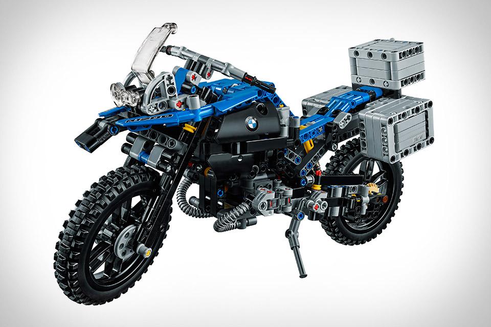 Lego Technic BMW R 1200 GS Adventure Motorcycle Uncrate