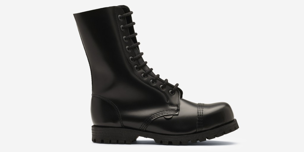 Commando 10 Eyelet Steel Cap Boot Black Leather Single