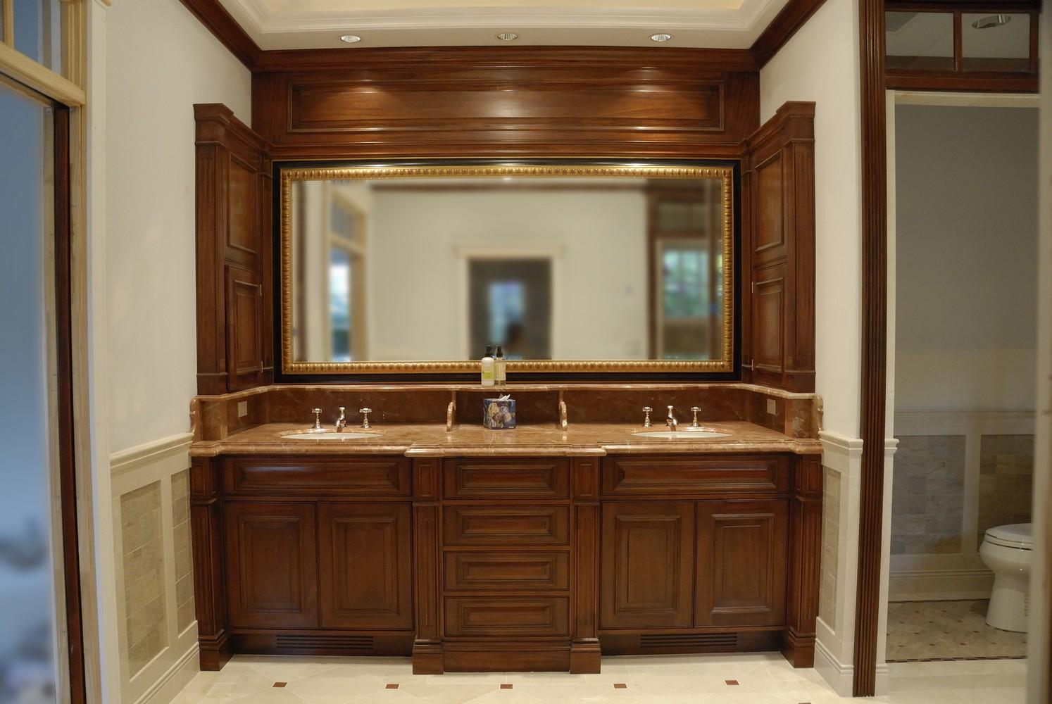 Bathrooms unique design cabinet co for Master bath vanity cabinets