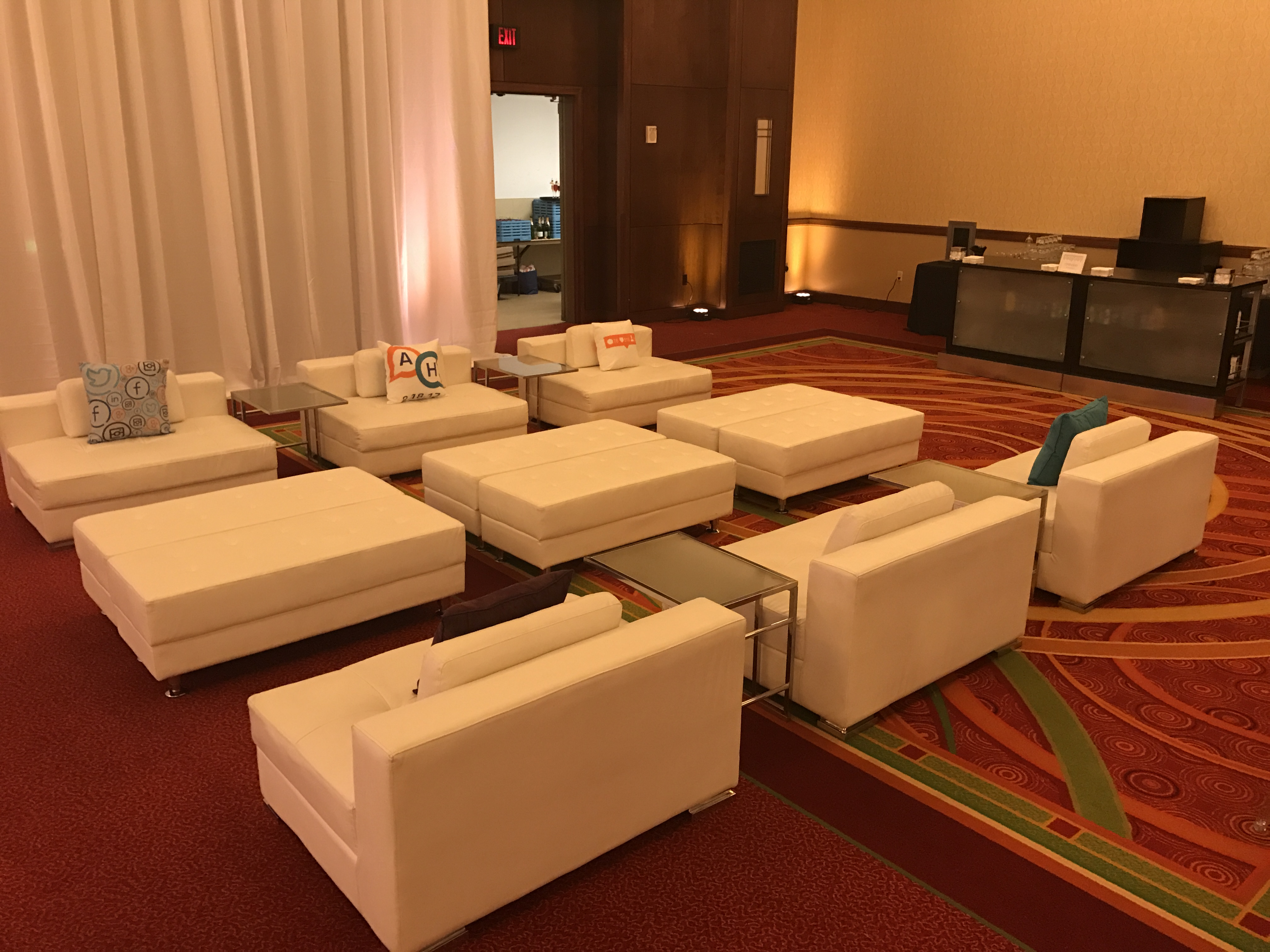 Custom Lounges Custom Lounge Furniture Rentals Wedding And Event Decor