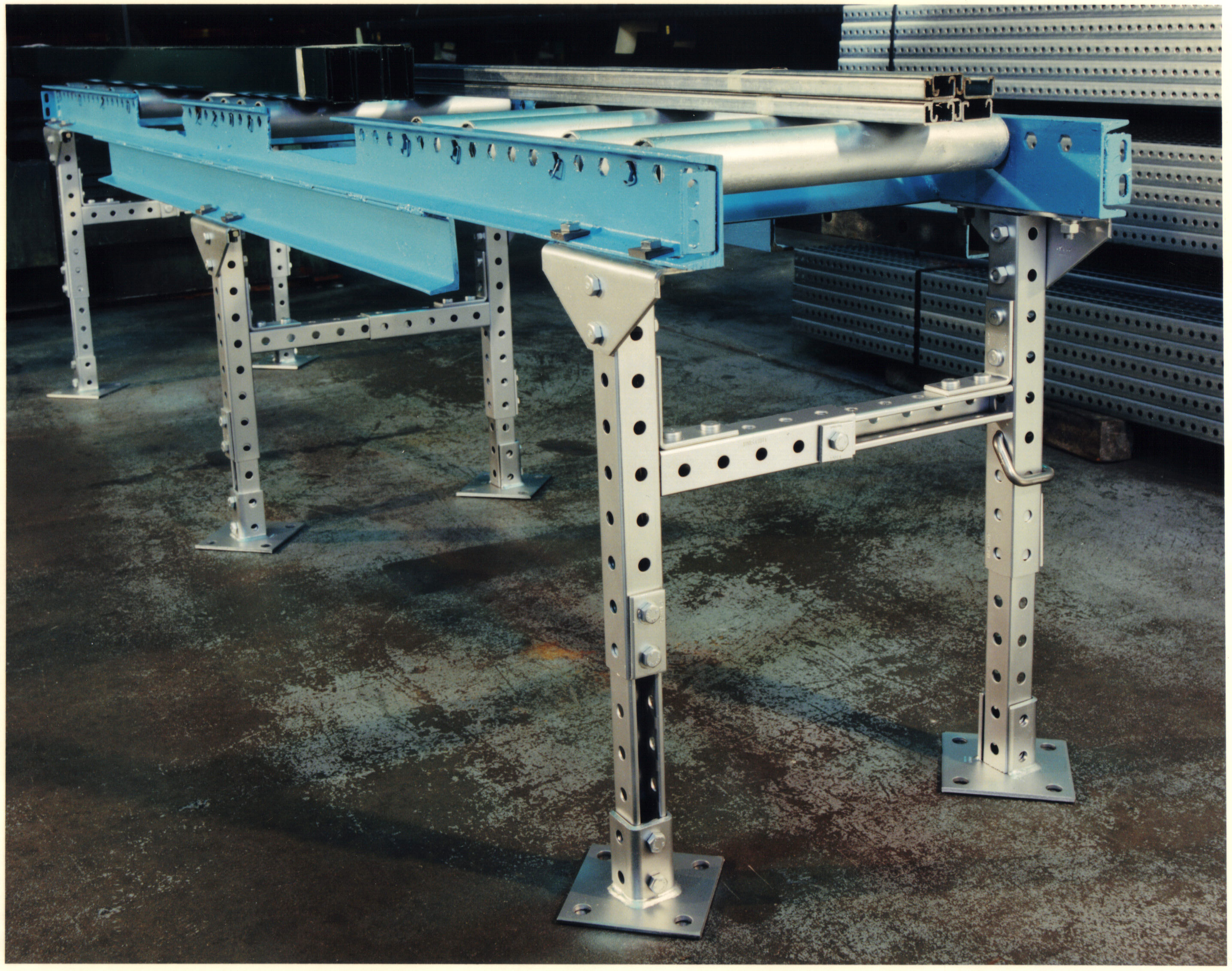Rolling Rack Unistrut Material Handling And Industrial Applications
