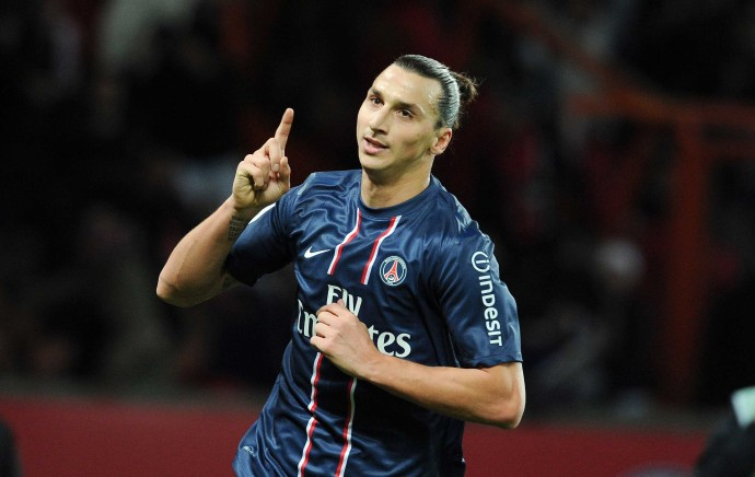 Zlatan refuses to rule out transfer, Di Maria talks break down