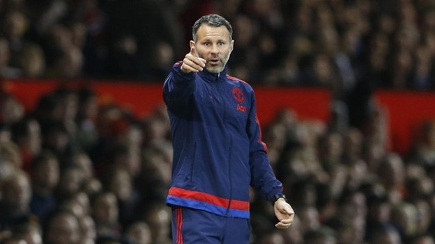 Giggs set to be tempted in a move away from Old Trafford