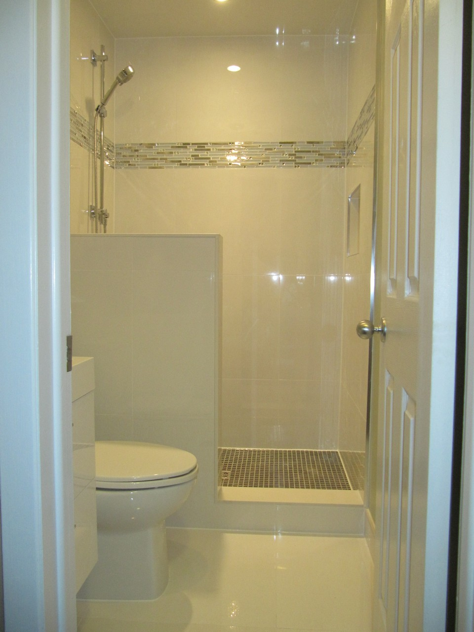 Fast renovation without sacrificing quality oakville for Fast bathroom remodel