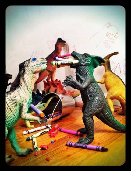 dinosauri colorano