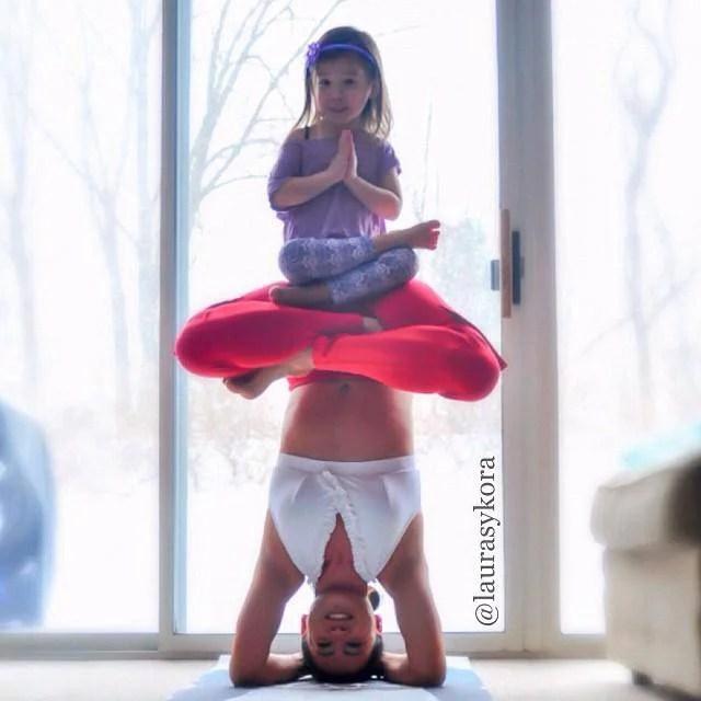 mamma e figlia yoga castello