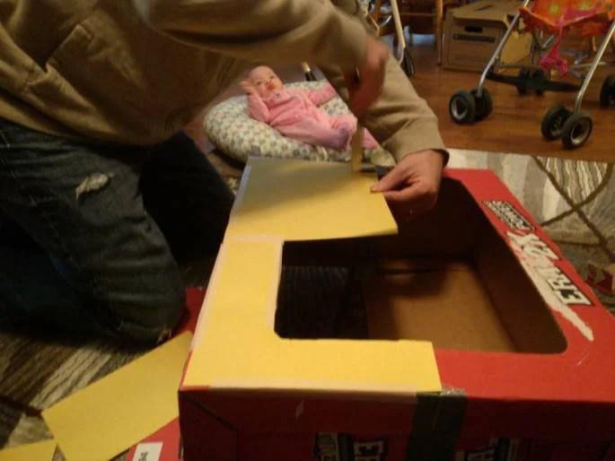lavorare scatola cartone