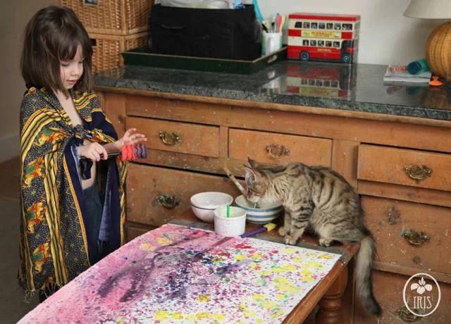 bimba con gatto