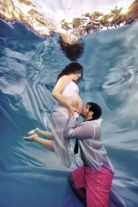 donna e compagno coreografia sott acqua