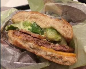 マクドナルドアボカドバーガービーフ味感想カロリー期間いつまで