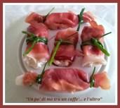Caramelle di prosciutto crudo, speck, con philadelphia ed erba cipollina