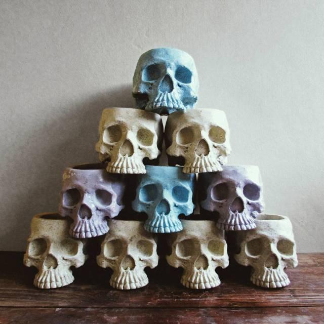 Kermit Tesoro Skull planter 1