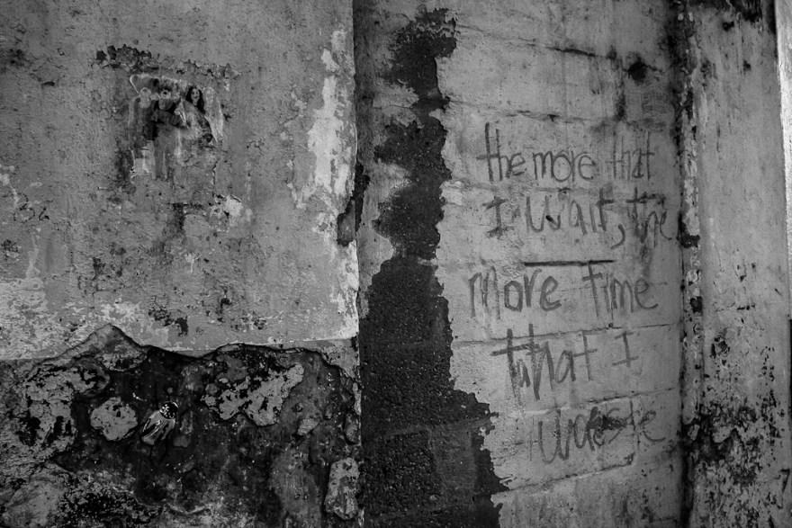 Warten ist Zeitverschwendung, Casco Viejo, Panama City, Panama 2014 (c) Veronika C. Dräxler