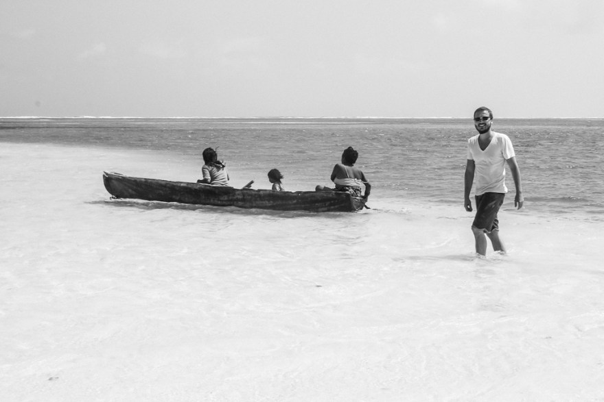 Christoph mit Guna Yala Frauen, Guna Yala/San Blas, Panama (c) Veronika C. Dräxler