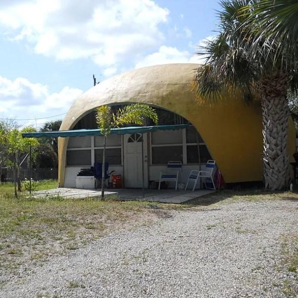 Bubble_Houses,_Hobe_Sound,_Florida