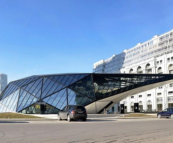 Fuel_Station_McDonalds_hqroom_ru_4