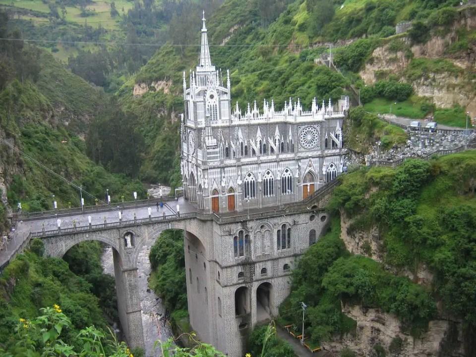 las-lajas-sanctuary-3