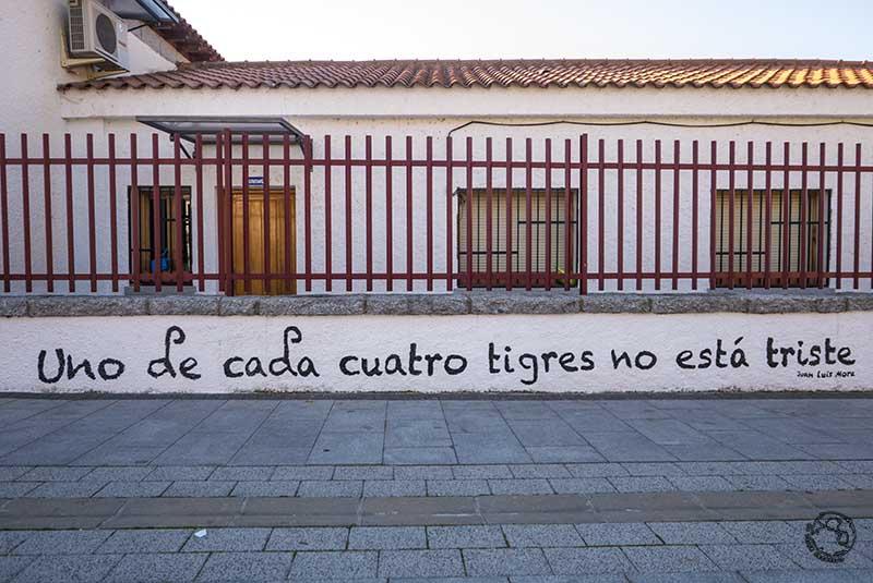 FRASES POÉTICAS invadiendo un pueblo de MADRID